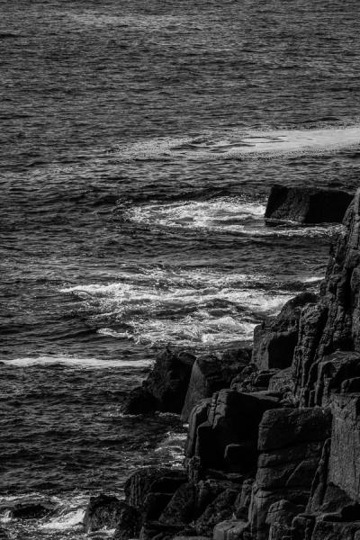 De ruige rotsformaties van Cornwall