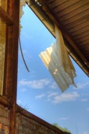 Hangend aan een draadje
