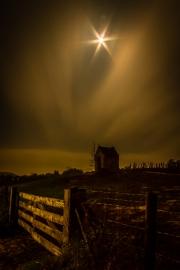 00111001 - Kapelletje bij maanlicht, Eijs